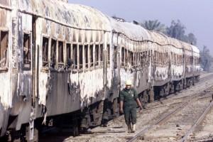 Al Ayyat Train Disaster - Egipto, 2002 Peores Accidentes de Tren de toda la Historia