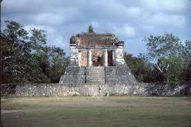 Templo del Hombre Barbudo Lugares para Visitar en Chichén Itzá