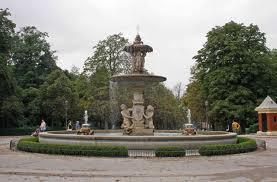 Parque del Retiro Atracciones Turísticas de Madrid España