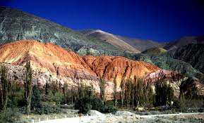 Purmamarca lugares para visitar en argentina