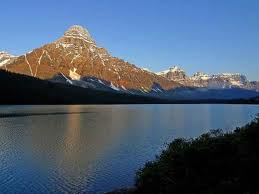 Gran Lago del Esclavo pescar en Canadá