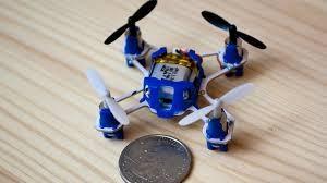 2 Los drones más pequeños del mundo