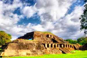 4.- Tazumal turísticos que debes visitar en El Salvador